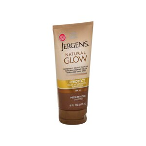 Jergens Natural Glow +Protect Daily Moisturizer Sunscreen SPF 20, Medium to Tan Skin Tones